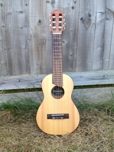 Photo of Yamaha guitalele